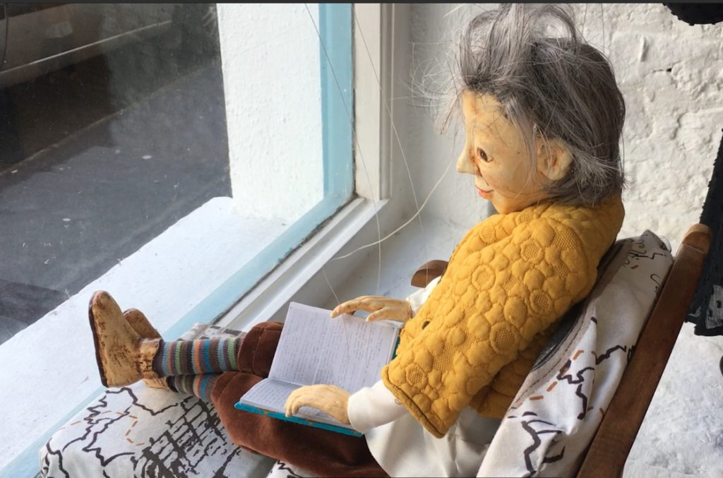 Puppet Making Course with Corina Duyn